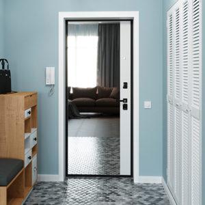 Каталог входных металлических дверей из категории «с зеркалом»